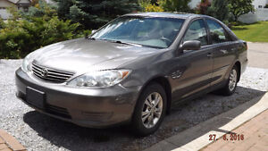 2005 Toyota Camry LE 2.4L 4 Cyl- excellent condition