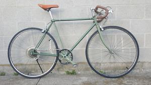 Custom vintage road bike
