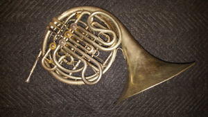 Holton H-179 Farkas Model Professional Double French Horn