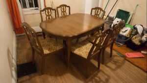 Dining Table + 6 chairs with embroidery cloth seat covers