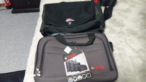 (2) BRAND NEW 17 INCH LAPTOP BAGS $10 EACH