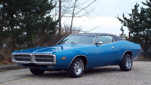 71 Superbee hood,1972 Dodge Charger  SE 440 with 727 tranny,