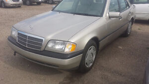 1995 Mercedes-Benz C220 ***REDUCED***MINT & GREAT MPG***
