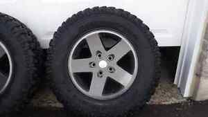 32 in Mud&Terrain Jeep Wrangler Tires Peterborough Peterborough Area image 3