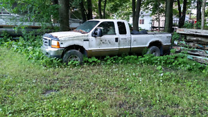 Ford 2000 Lauriat Super Duty