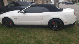2012 Ford Mustang GT Coupe 5.0 (2 door) convertible