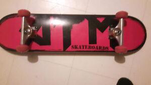 Girls independent skateboard