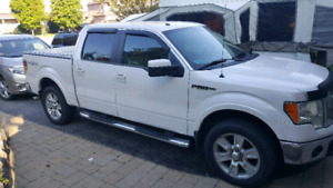 Ford F150 Supercrew Lariat 4X4 .. 2010 Low kms 187,000