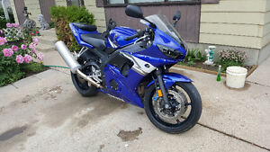 2004 yamaha R6 obo or trade for quad.
