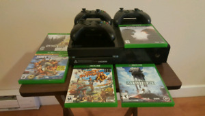 Xbox one 500 gb with 3 controllers and 5 games