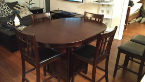 Bar Height Table with 4 or 6 chairs