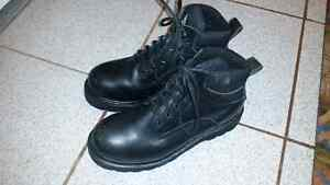 SA approved steeled toed safety shoes and boots