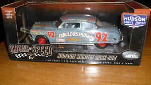 1:18 Scale 1953 Hudson Hornet Hwy61/DCP New In Box Mint
