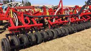 Wanted : bourgault packers