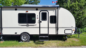 Very Clean Lightweight Travel Trailer