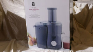 PRESIDENT CHOICE Juice Extractor
