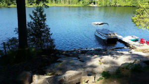 Beautiful private lakefront cottage near Algonquin Park