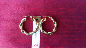 Gold Plated Earrings Kitchener / Waterloo Kitchener Area image 2