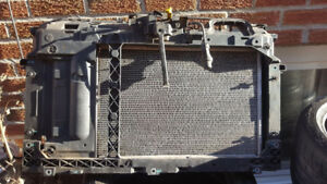 2014 Ford Fiesta - Radiator, Condenser, Support, Fan and Clutch