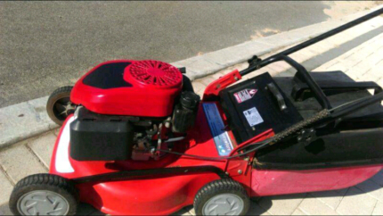 Lawn Mower HIRE $20 day rate +fuel   Mandurah area