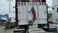 head ache rack/cabinet set for hiway tractor