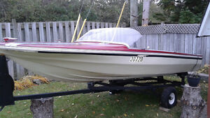 Boat and trailer for 1200$