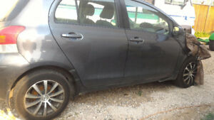 2009 Toyota Yaris Hatchback Parting out.