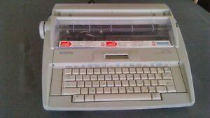 Machine à écrire Brother modèle GX-8750