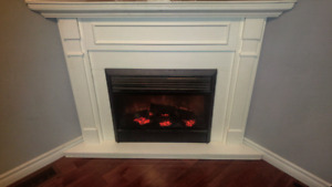 Corner Electric Fireplace (White)