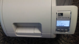 ZEBRA ZXP SERIES 8 ID CRD PRINTER AS-IS (HCB BULB ERROR)