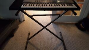 Realistic Concertmate 670 Keyboard & Stand