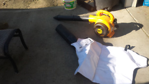 POULAN PRO GAS BLOWER / VACUUM AS NEW