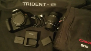Canon EOS Rebel T6 DSLR and gear