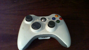 Xbox 360 E Custom Painted (w/ Controller, Games, and all cables) Kawartha Lakes Peterborough Area image 5
