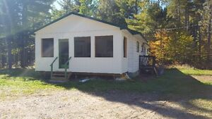 Cottage or Full year round home in Boiestown!