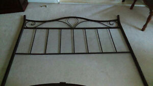 Amisco Queen Size Bed Frame West Island Greater Montréal image 2