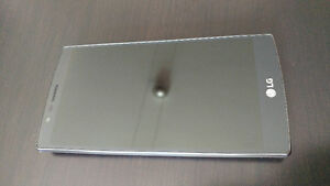 Unlocked LG G4 with extras - Excellent condition