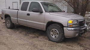 2004 GMC Sierra for Parts