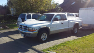 1997 Dodge Dakota Pickup Truck