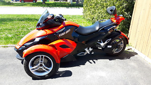 SPYDER RS 2010 COMME NEUF