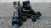 Men's All Leather Roller Skates  Almost New Condition - Size 8