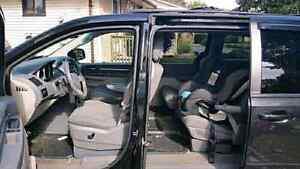 2010 Dodge Grand Caravan SE, 3.3 LT V6 London Ontario image 5