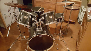 Pearl Drum set for sale Strathcona County Edmonton Area image 1