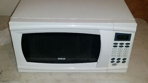RCA 1.1 cu. ft. Microwave