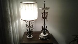 Lampe   de salon et cendrier