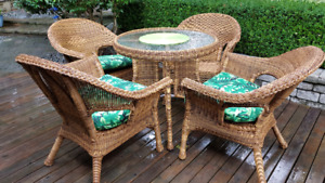 GARDEN AND PATIO HIGH END WICKER FURNITURE