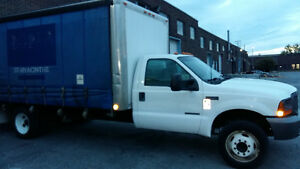 Camion Ford F550 curtain side cube truck