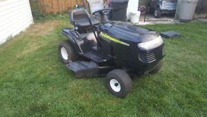 Poulan Lawn tractor/riding mower