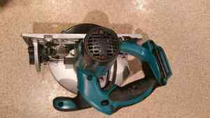 18V LXT, 6 1/2-inch Circular Saw (Tool Only) Kitchener / Waterloo Kitchener Area image 2