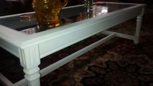 Beautiful Living room table ( freshly painted) REDUCED TO 195
